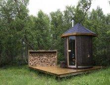 Как построить баню, если места для ее размещения почти нет?