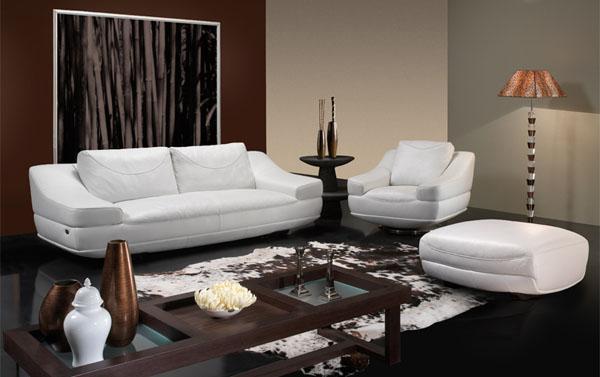 Мягкую мебель кожаную белую
