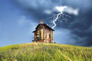 Молниезащита - важная составляющая при строительстве деревянного дома