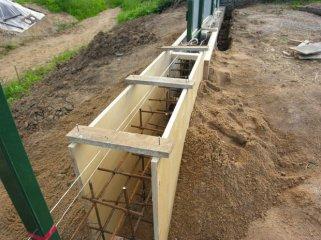 Использование фанеры при выполнении строительных и отделочных работ
