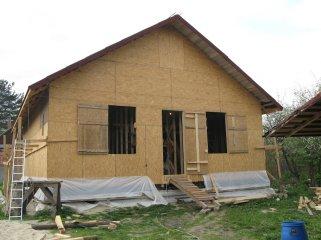 Щитовые дачные домики – в чем плюсы?