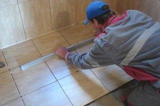 Как укладывать керамогранитную плитку: советы профессионалов