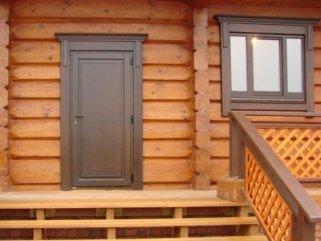 Варианты установки дверей в деревянном доме